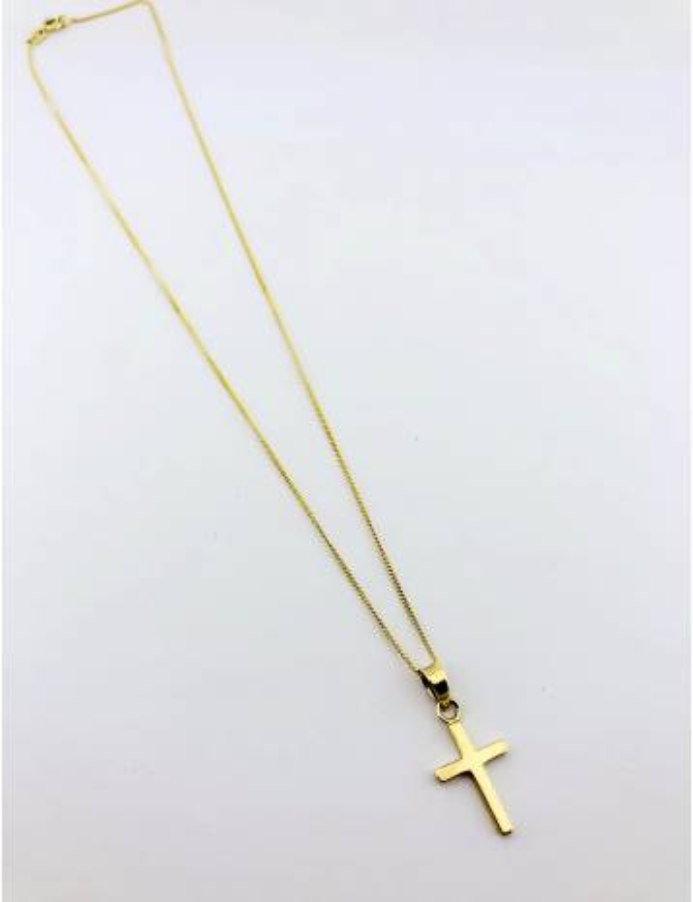 Geltono aukso grandinėlė su kryžiaus pakabuku