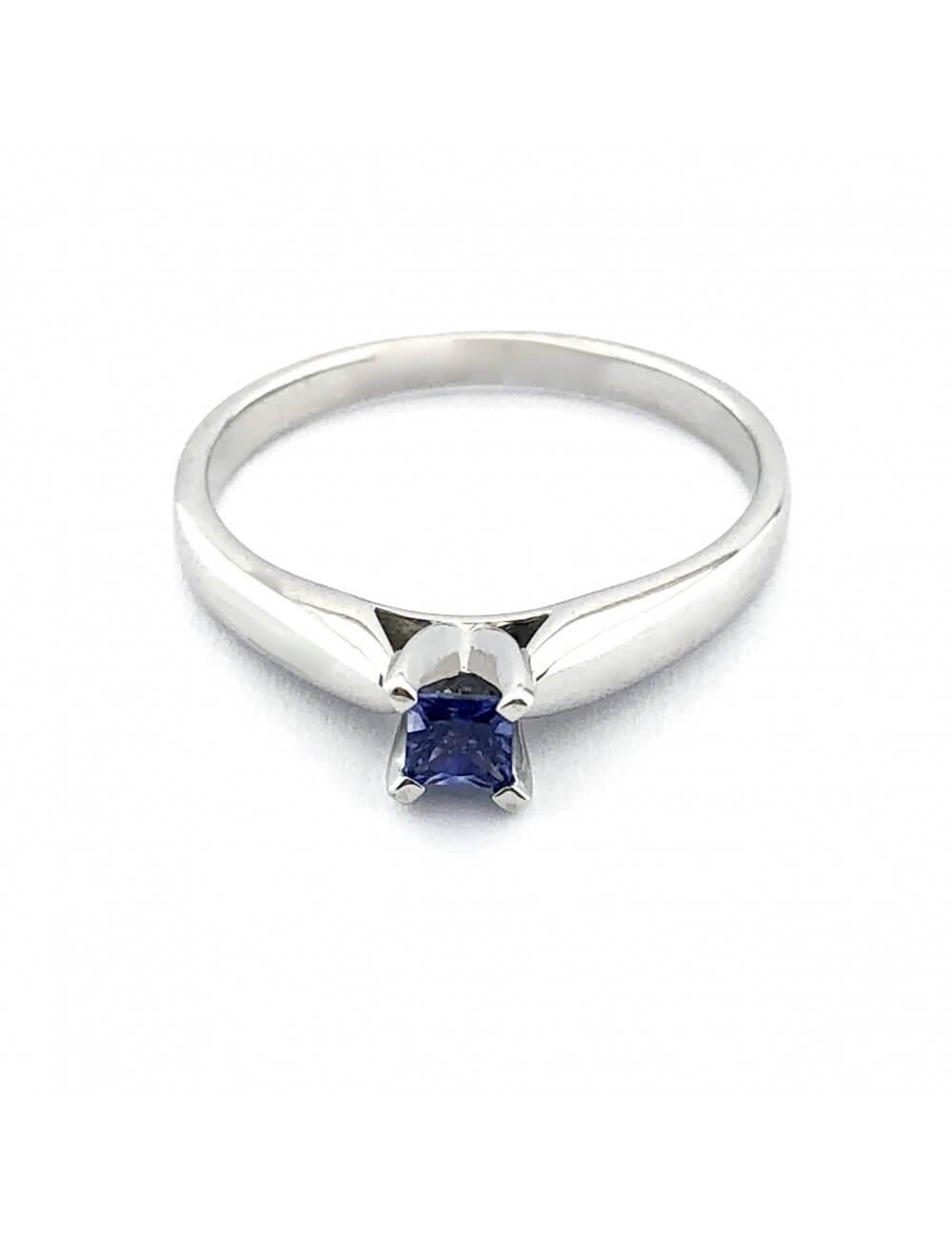 """Auksinis žiedas su safyru """"Lašelis"""""""