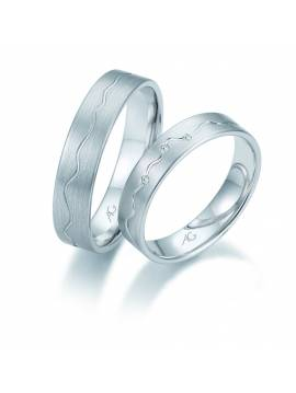 "WEDDING RING ""LOVE PULSE"" (with diamonds)"